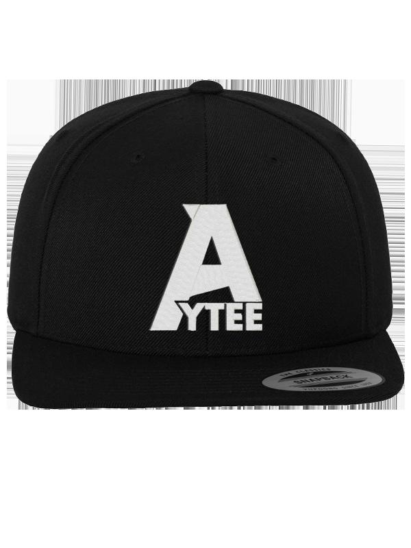 Aytee /// A /// SNAPBACK